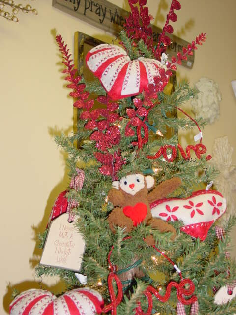 Re using christmas decor for valentines day and year round for Another word for christmas decoration