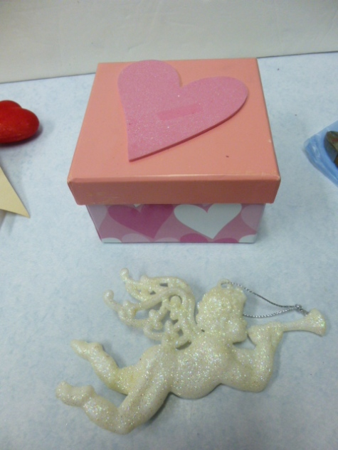 12.26.12 Valentine crafts 084